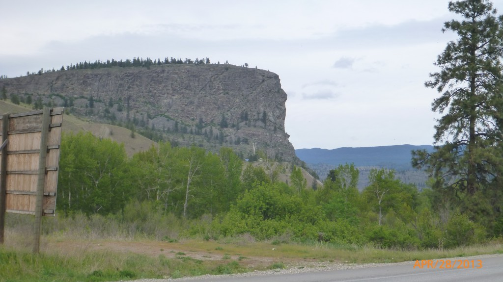 Scenery along Hwy 97 between Oliver and Penticton