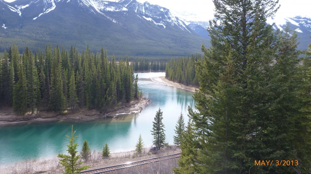 The Bow River - I finally get to see the aqua blue water!!!
