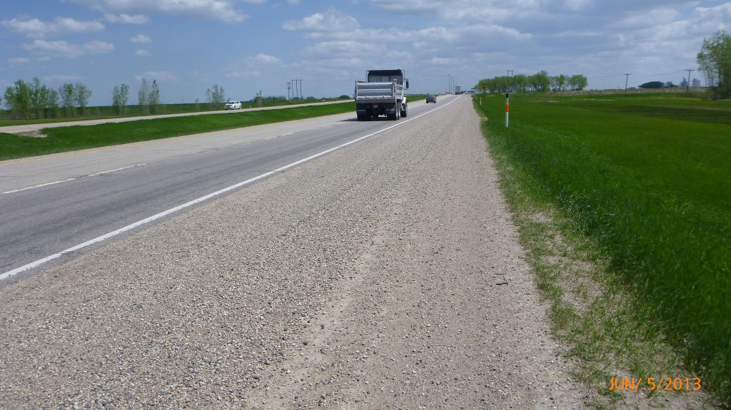10km west of portage la prairie I lost the paved shoulder, but the gravel was still ridable (good thing it wasn't raining tho!).