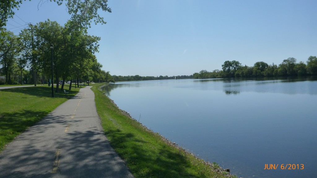 Crescent Lake in Portage La Prairie
