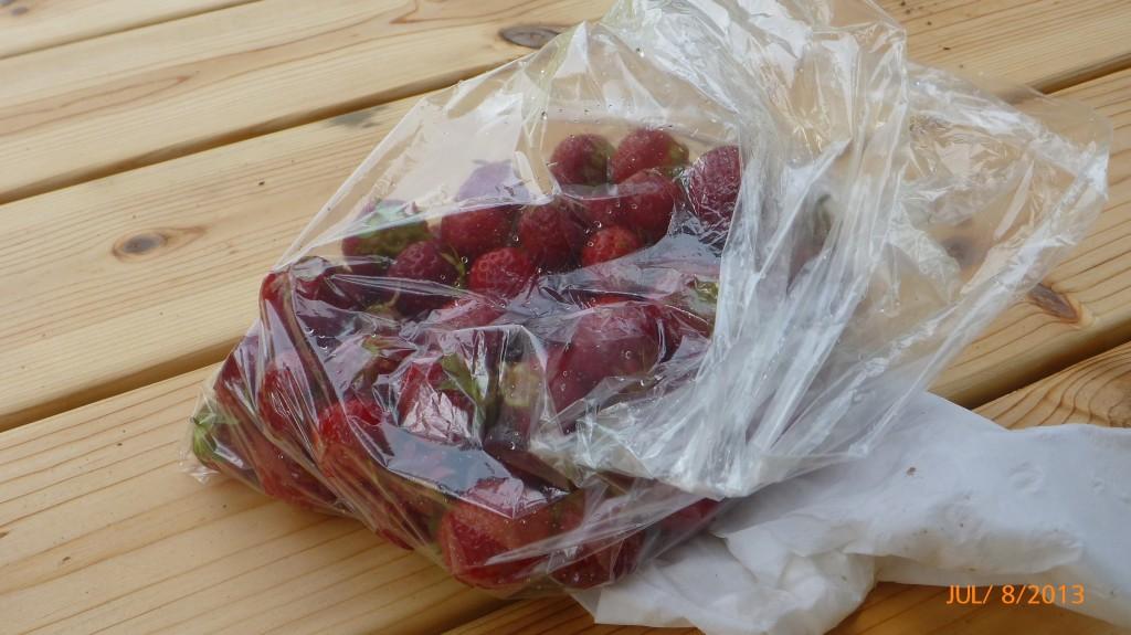 Strawberries!  Yum yum!