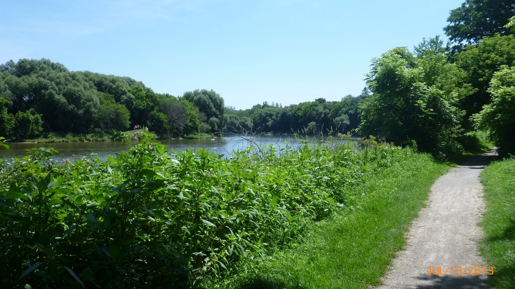 Along the Grand River trail