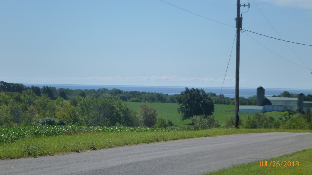 Scenery along Lake Ontario
