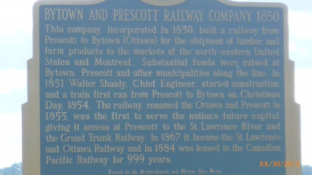 Info on a railway connecting Ottawa to the St. Lawrence
