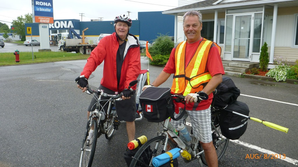 Two brothers cycling from Montreal to Quebec City