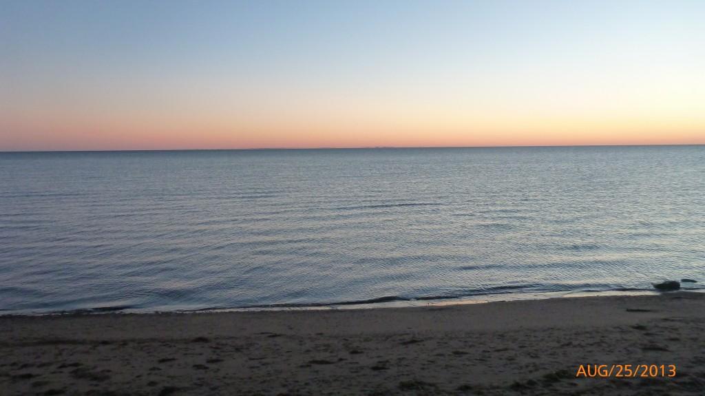 Sun rise in Cap-Pele