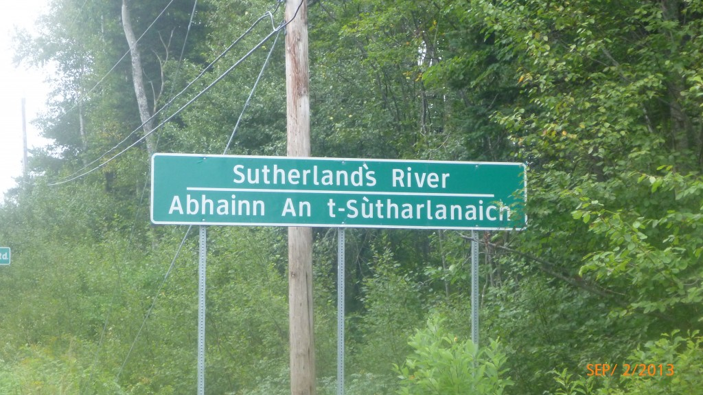 English and Gaelic signs